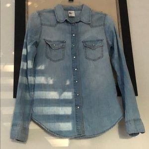 H&M Denim shirt Size US 6 (runs like XS)